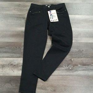 Jolt Black Jeggings style jeans